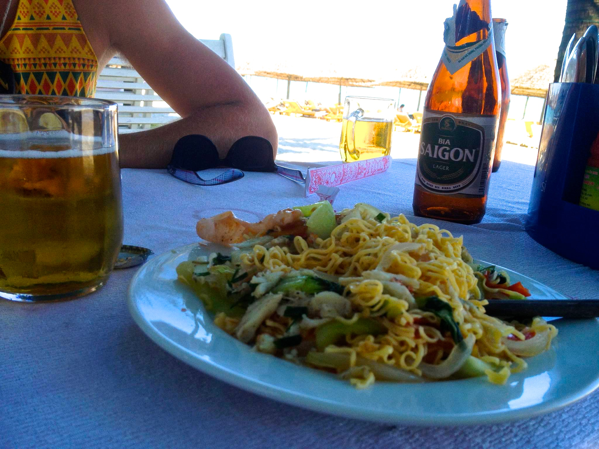 Beachfront seafood pasta lunch w/ beer in Hoi An - $3