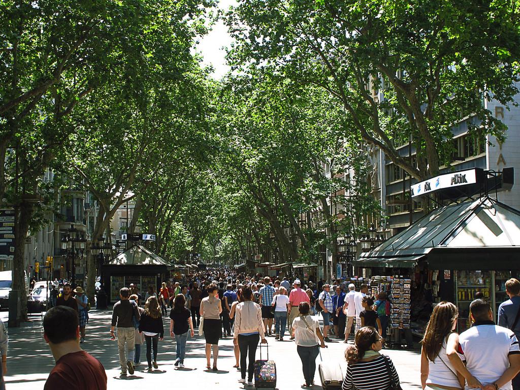Es famosa por su gentio.....donde estuve ...??? (Las Ramblas de Barcelona) hahahahaha